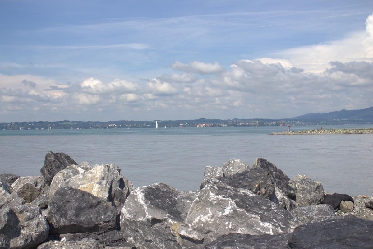 Rheinsteine ....Mündung in den Bodensee