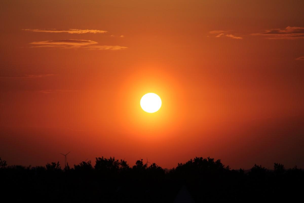 Abendsonne mit Halo-Ring