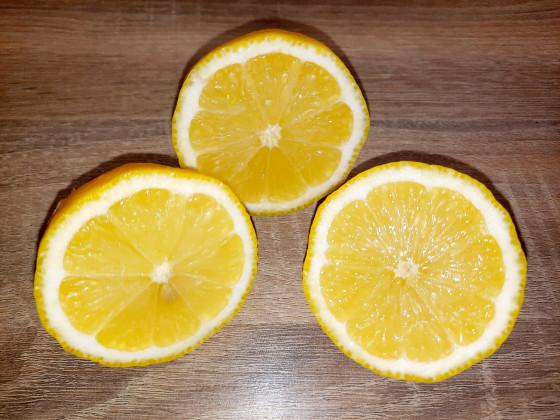 saure früchte