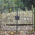 Eingangstor zum jüdischen Friedhof