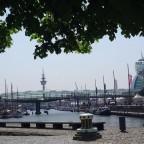 Trocken übern den Hafen laufen !