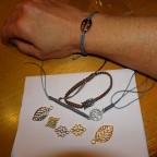Armbänder in Makrameetechnik